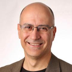 Professor Pablo Fernandez–Penas